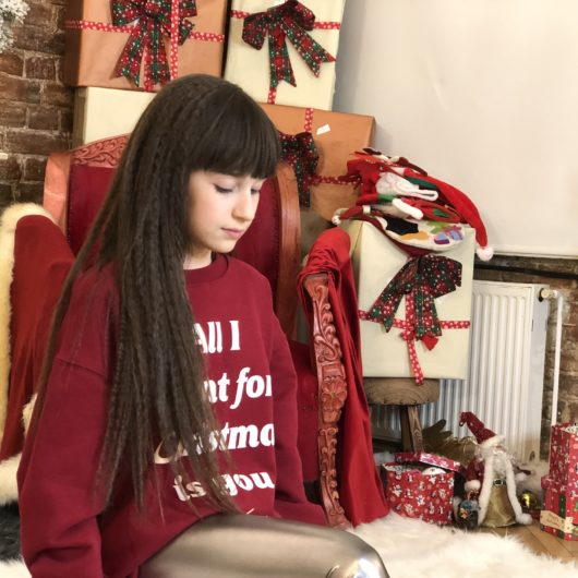 "Maia Mălăncuș lansează un cover după piesa lui Mariah Carey - ""All I Want For Christmas Is You"""